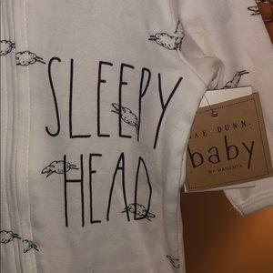 👶🏼 Rae Dunn Baby SLEEPY HEAD Set